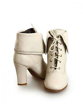 1d1e1e9e6 Поэтому вся обувь, которая предназначена для российских потребителей,  сделана по моделям «славянской стопы», что добавляет ей практичности и  удобства.